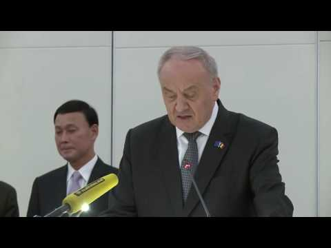 Moldovan president attends ceremony of inauguration of Japanese embassy