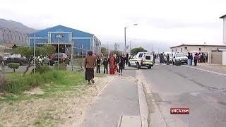 Video Cape Town taxi war continues MP3, 3GP, MP4, WEBM, AVI, FLV Oktober 2017