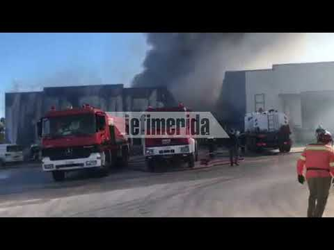Video - Υπό πλήρη έλεγχο η μεγάλη φωτιά στην Παιανία [εικόνες & βίντεο]