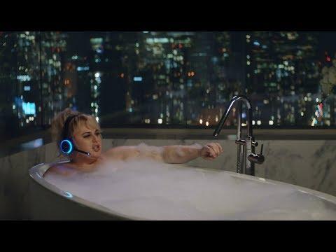 Alexa Loses Her Voice – Amazon Super Bowl LII Commercial (видео)