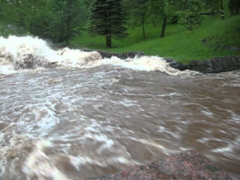VIDEO: A river runs through it