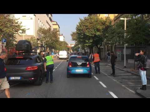 Set cinematografico in via Paglia per il nuovo spot Volkswagen