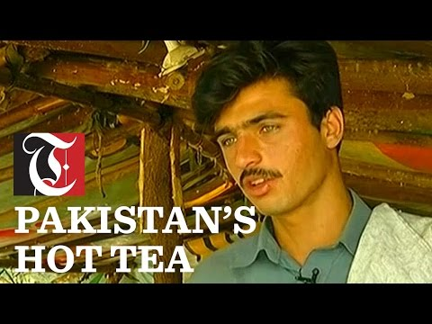 Hot tea vendor in Pakistan becomes overnight star