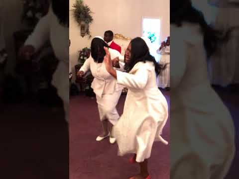 Holy Ghost Take Over praise break - Apostle Nix & Thee Deliverance Church (TDC)