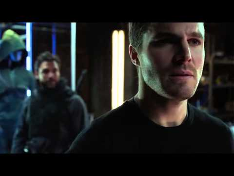 arrow - slade wilson vs oliver queen