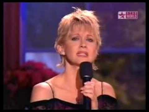 Tekst piosenki Olivia Newton John - Silent Night po polsku