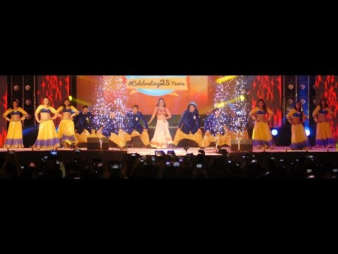Gauhar Khan New Year 2015 Performance At Cuntry Club