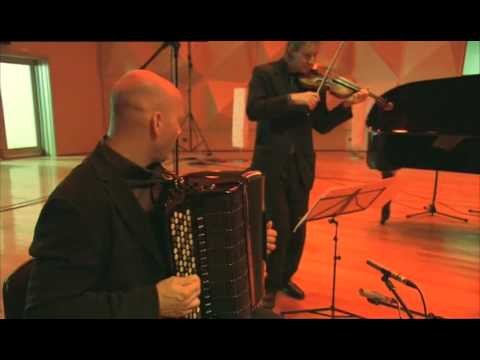 James Crabb plays Pizzolla's Libertango