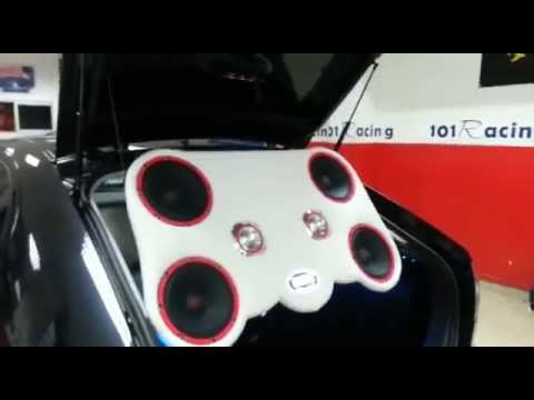 Seat León con equipo car audio y multimedia APS