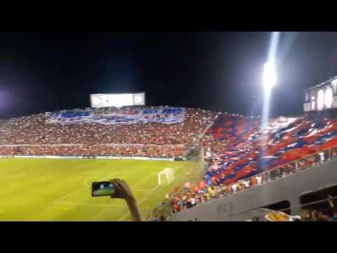 Recibimiento a Cerro Porteño en la Copa Sudamericana (@JorgeRojas73) - La Plaza y Comando - Cerro Porteño - Paraguay - América del Sur