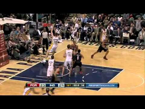 Rudy Fernandez dunks against Indiana Pacers