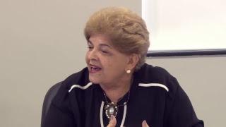 Videoconferência : Currículo e Plano Político Pedagógico