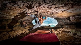 Catalán Witness the fitness 8c by Chris Sharma
