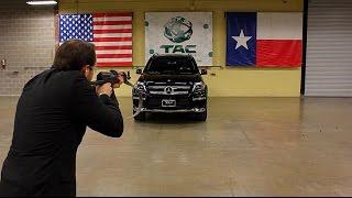 CEO自ら実践!防弾ガラス付きのベンツで銃で撃たれてみた(2分動画)