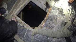 """¿Que nos encontramos dentro? Nos metemos en las turbias aguas del aljibe en el interior del hospital abandonado para explorar también bajo el agua. ((Disculpad por la errata del texto que aparece """"Habandonado""""))Equipo Utilizado para grabar bajo del agua:Camara utilizada: https://goo.gl/ppB2duFoco: http://amzn.to/2oV3sNHGoPro 3-Way: http://amzn.to/2qhcaXBEn esta exploración me acompaña Agustin del canal: https://www.youtube.com/channel/UCnzhUc9uup8J45iU5e_-5SwOs recomiendo que os paséis por su canal.Si te gustan los temas relacionados con lo paranormal te invito a que te suscribas a mi canal, Y si te ha gustado el video te agradezco que le des un like.Puedes seguirme tambien en:https://www.facebook.com/copernicogarciahttps://twitter.com/copernicogarciahttps://www.instagram.com/copernicogarcia/Gracias!!!"""