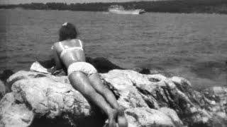 Náhled - 1970 Dívka moře