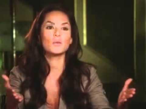Entrevista a Carmen villalobos sobre Mi Corazon insiste.