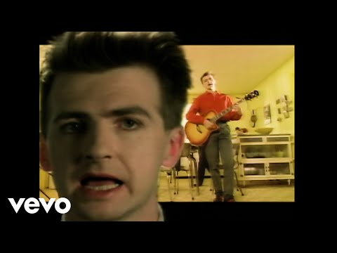 Crowded House - Don't Dream It's Over lyrics