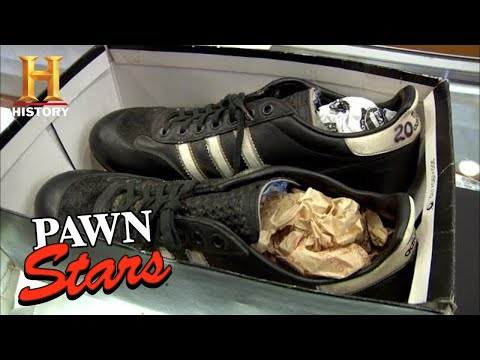 Pawn Stars: HUGE PRICE for FAMOUS YANKEE CLEATS (Season 8) | History