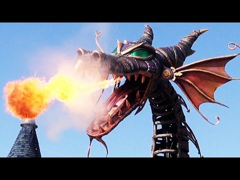 Maleficent Dragon Breathes Full Fire For 1st Time In Disney Stars On Parade  At Disneyland Paris