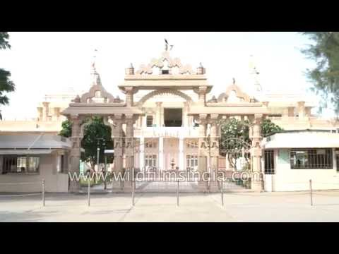 Dada Bhagwan Adalaj Trimandir in Gujarat