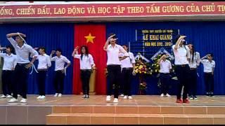 NCT Khai Giang 2012: Nhay dan vu Trong com