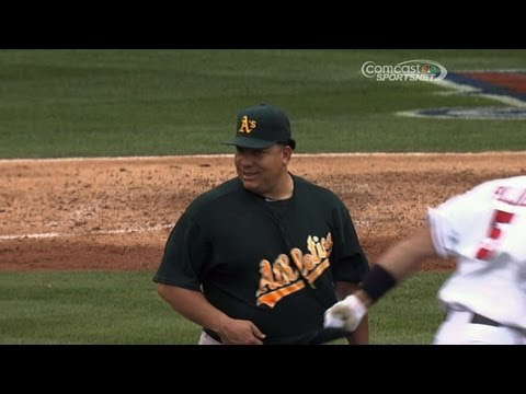 Albert Pujols yanks out Bartolo Colon's jersey