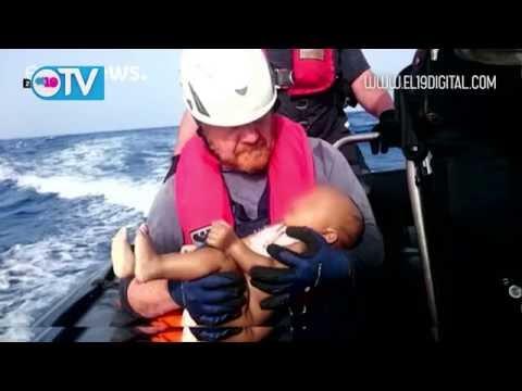 La Guardia Costera italiana rescata a otros 320 inmigrantes en el Mediterráneo