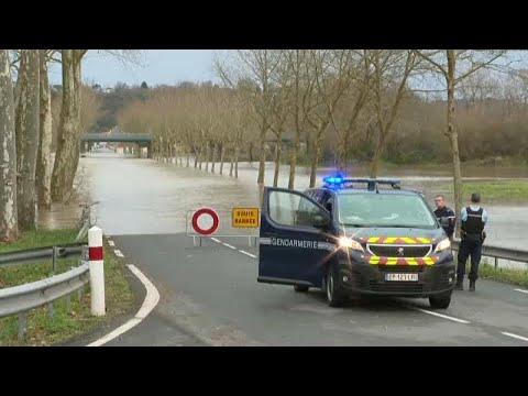 Γαλλία: Νέα θύματα της κακοκαιρίας