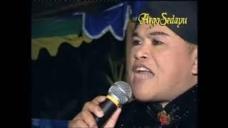 Video Lucu, Kirun & Sandirono (Cakil vs Arjuna, plesetan Wayang Orang) MP3, 3GP, MP4, WEBM, AVI, FLV November 2018