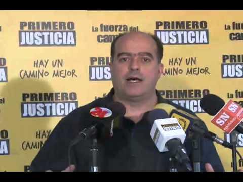Julio Borges: Maduro arruina a Venezuela y cree que se la está comiendo,  vende oro, pide prestado, devalúa y sube los precios