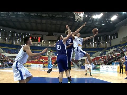Wright with the acrobatic drive to the hoop   Jones Cup 2017 (видео)