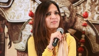 Kochadaiiyaan's story is a clash between brothers - Soundarya