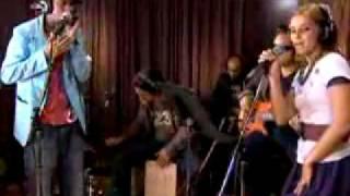 Nelly Furtado ft K'naan Going Away live