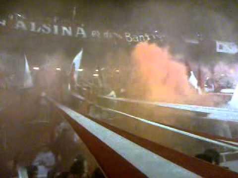Yo te quiero Independiente y siempre te voy a alentar / vs Estudiantes - La Barra del Rojo - Independiente