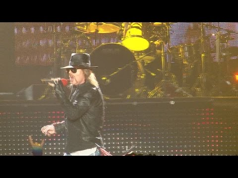 WATCH: Axl sings w GN'R...and Brian Johnson explains his love of AC/DC