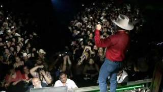 video y letra de Juntos  por Emilio Navaira