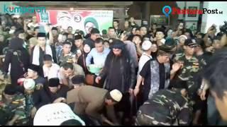 Video Suasana Pemakaman Ki Enthus Susmono MP3, 3GP, MP4, WEBM, AVI, FLV Agustus 2018