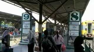 バンコク市内観光フアランポーン駅