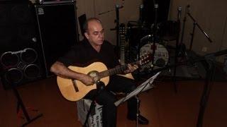 Amor, que por amor descesteHinos - Partituras Violão:http://www.marinhopartituras.com.br/Contato: marinho.oliveira@hotmail.comhttp://www.facebook.com/marinho.partituras?ref=tn_tnmnArranjo para Violão: Marinho Oliveira Afinação: 6ª D - 5ª GGravação Teste - Red Studio - Santos - São PauloAmor, Que por Amor Desceste!Música: Albert Liste Peace, 1884Letra: George Matheson, 1882Tradução: Henry Maxwell Wright, 1912 ( HCC )Hinário Para o Culto Cristão nº 171 - Amor, Que Por Amor DescesteHinário Adventista n º 120 - Amor, Que Por Amor DescesteHarpa Cristã nº 27 - Amor Que Vence