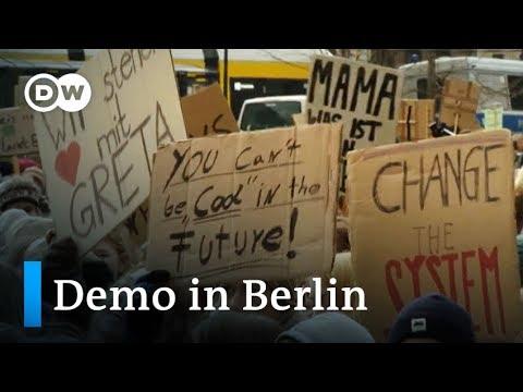Tausende Schüler und Studenten protestieren für Kli ...