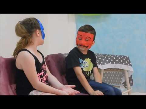 """Teatro. """"Improvisaciones enmascaradas"""". 3ro. B"""
