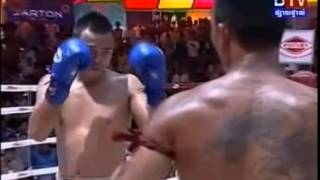 Vong Noy vs Thai  AEC Khmer Thai Fighting BTV 17/5/14 (International Boxing)