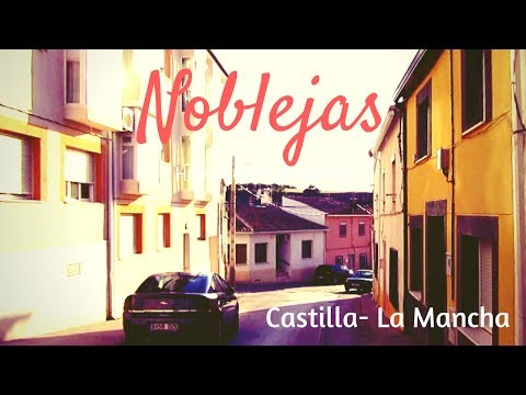 Cruzamos el centro de  Noblejas, Toledo. Castilla-La mancha.