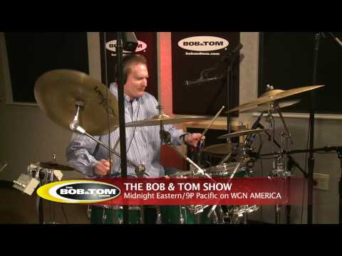 BOB&TOM TV - Greg Hahn Plays the Drums