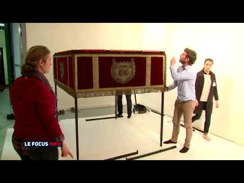 """Le dais est lancé... et restauré pour l'exposition """"Princes et Princesses de Monaco"""""""