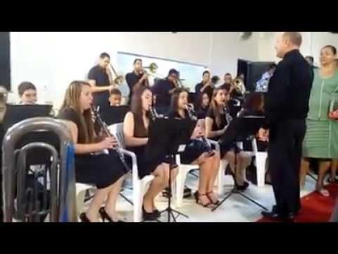 Banda Harmonia celeste Tocando Está na Hora de Partir Em Josenópolis