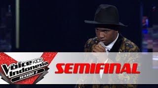 "Video Chiko ""Mirrors"" 
