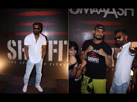Suniel Shetty Gives Tips To Youth
