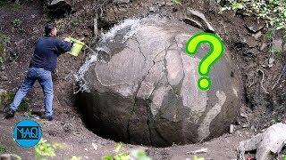 Video Setelah Dilihat Ternyata ini... inilah 5 Penemuan Paling Aneh & Misterius ditengah Hutan ! MP3, 3GP, MP4, WEBM, AVI, FLV April 2019